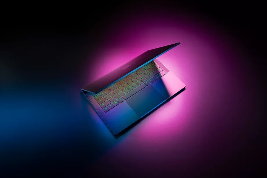 雷蛇Blade Stealth 13具有第11代Intel芯片和OLED屏幕插图