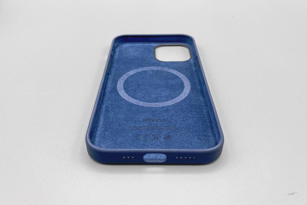 iPhone12硅胶手机壳以及MagSafe磁吸充电器插图5