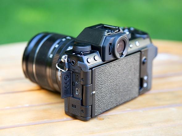 Fujifilm富士无反相机X-S10插图3